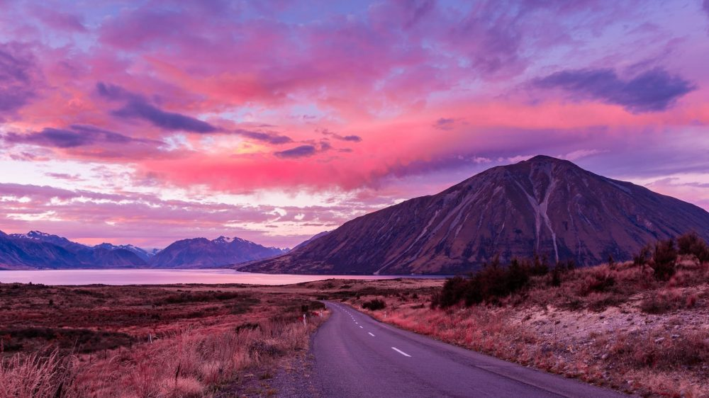 Sunset on the road to Ohau
